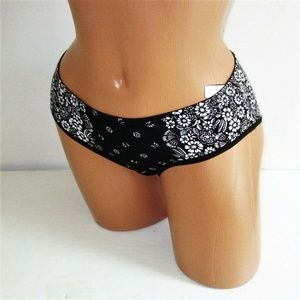 VICTORIA'S SECRET Cotton Panty Black Bandana Sz M